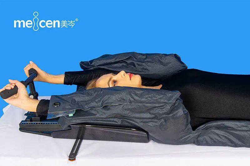乳腺托架和真空袋+热塑成型体膜两种固定方式应用比较