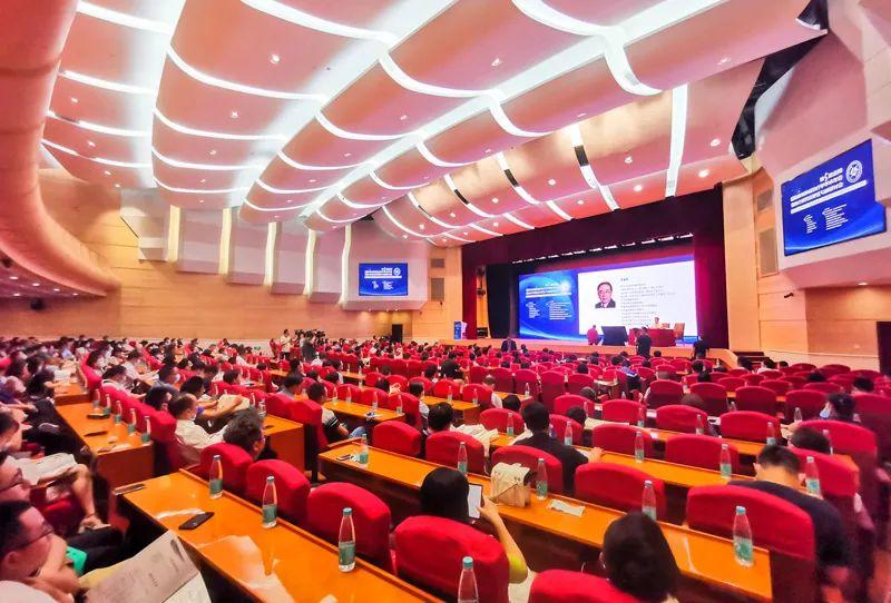 广州人福医疗亮相第五届金陵国际放射肿瘤治疗学学术年会暨放疗质控及靶区勾画研讨会